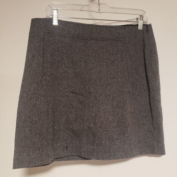 Size 10 Banana Republic Tweed Skirt